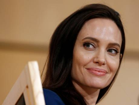 Angelina Jolie to move into $25m mansion after split