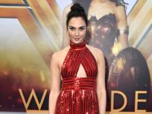 Gal nearly quit acting before 'Wonder Woman'