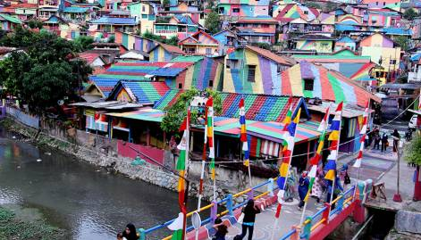 Indonesian 'rainbow' village lures tourists