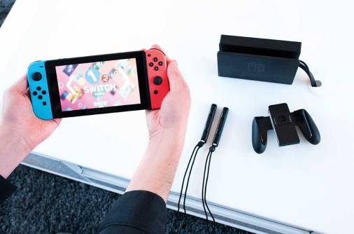 Nintendo ramps up Switch production