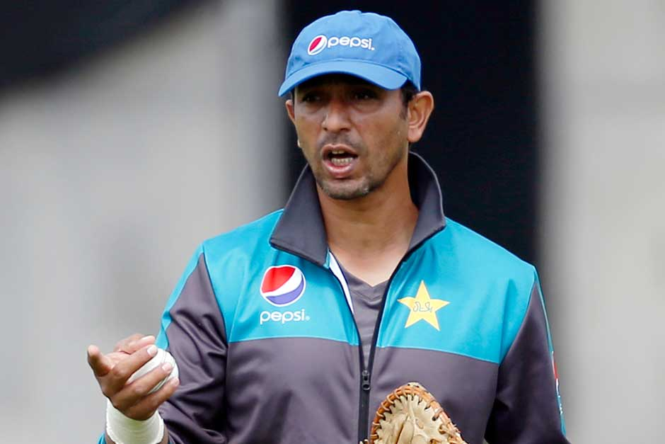 coach Azhar Mahmood during nets