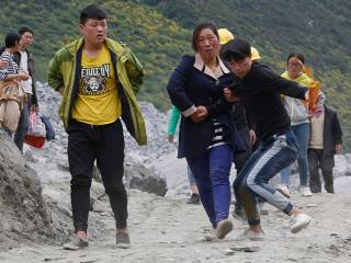 Hopes fade in China as more victims found