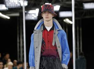 Paris Fashion Week: Lavin goes hybrid