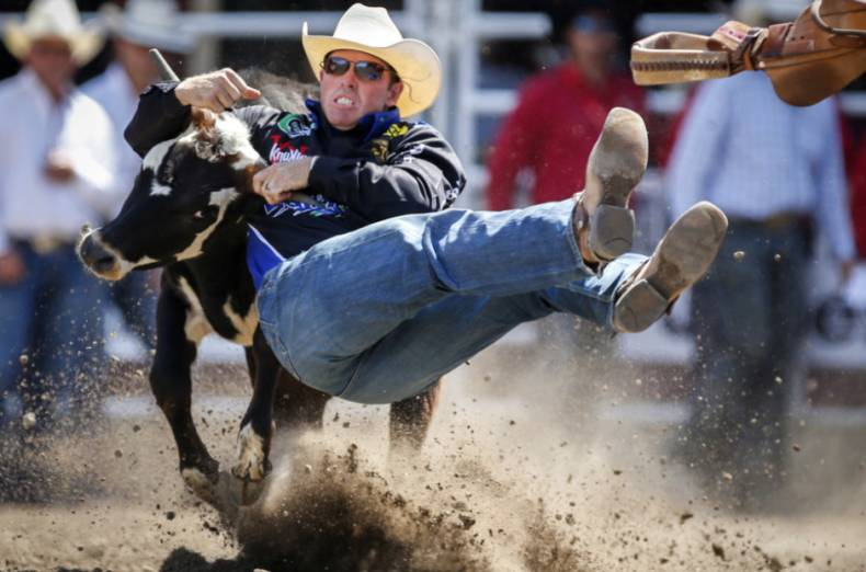 copy-of-aptopix-calgary-stampede-rodeo-49608-jpg-0922e