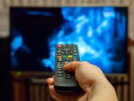 Pakistan lifts ban on Indian TV shows