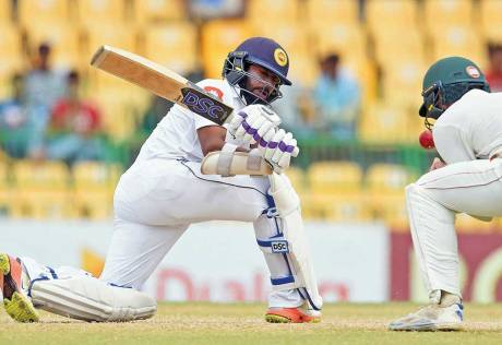Lankans chase down record target in Colombo