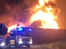 Videos: Factory gutted in huge UAQ fire
