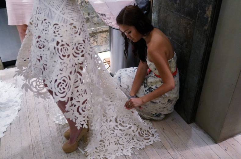 copy-of-2017-07-20t162158z-694202660-rc1e94456c40-rtrmadp-3-fashion-weddingdress-toiletpaper