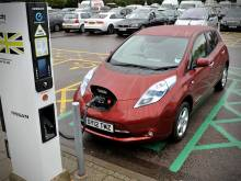 100 new EV chargers in Dubai by 2018