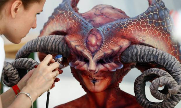 Bodypainting festival has colourful characters