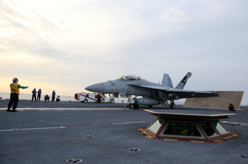 copy-of-2017-08-01t164221z-167770971-rc1f5b459280-rtrmadp-3-usa-defense-carrier