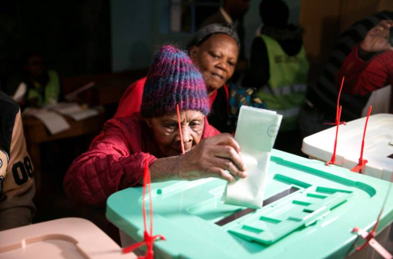 copy-of-2017-08-08t110156z-1590366869-rc15858c00f0-rtrmadp-3-kenya-election-granny