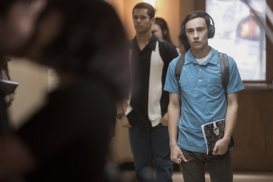 tab keir gilchrist in atypical_12