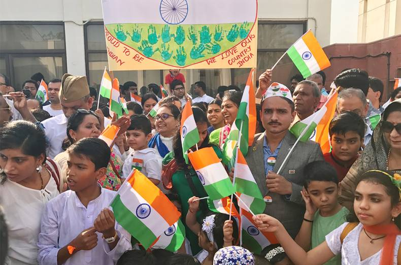 indian-expatriates-celebrate-india-s-independence-day-at-their-consulate-premises-in-dubai
