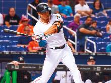 Stanton homers in sixth straight game