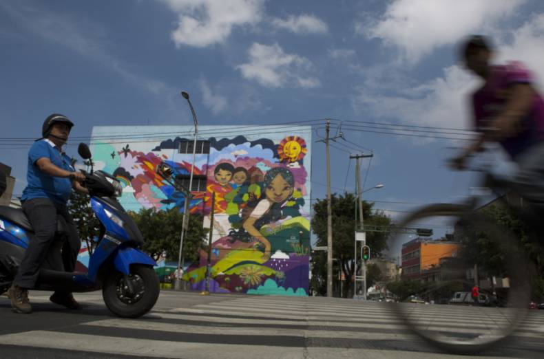 copy-of-mexico-migrant-mural-08562-jpg-93c68