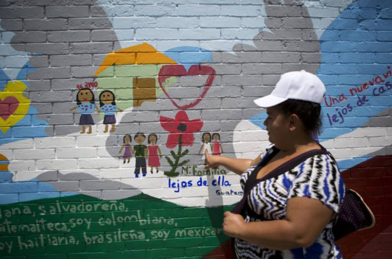copy-of-mexico-migrant-mural-83116-jpg-cf793