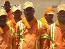 Cooling collars for Dubai street cleaners