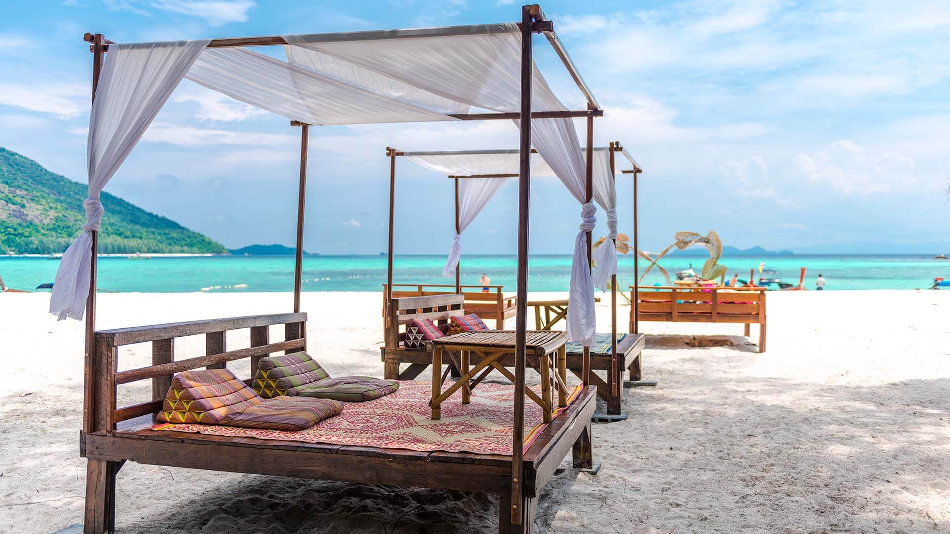 10 cheapest beach destinations in the world for Cheapest places to vacation in the world
