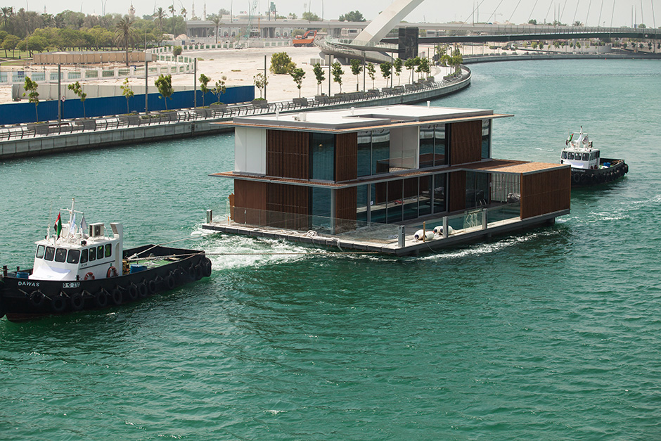 The floating villa is towed from from Port Rashid to Maras in Dubai