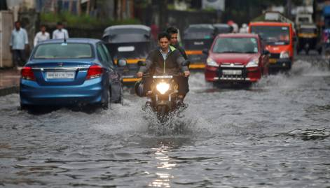Heavy rains batter Mumbai yet again