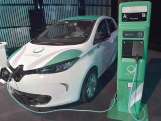 Dubai perks for electric car buyers here