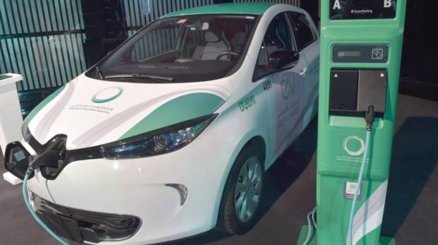Electric Cars In Dubai Come With These Four Free Perks Gulfnews Com