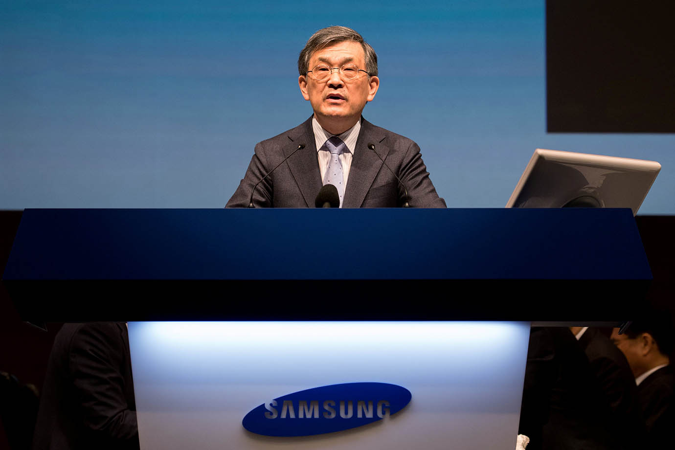 Kwon Oh-Hyun, co-chief executive officer of Samsung Electronics Co., speaks during the company's ann