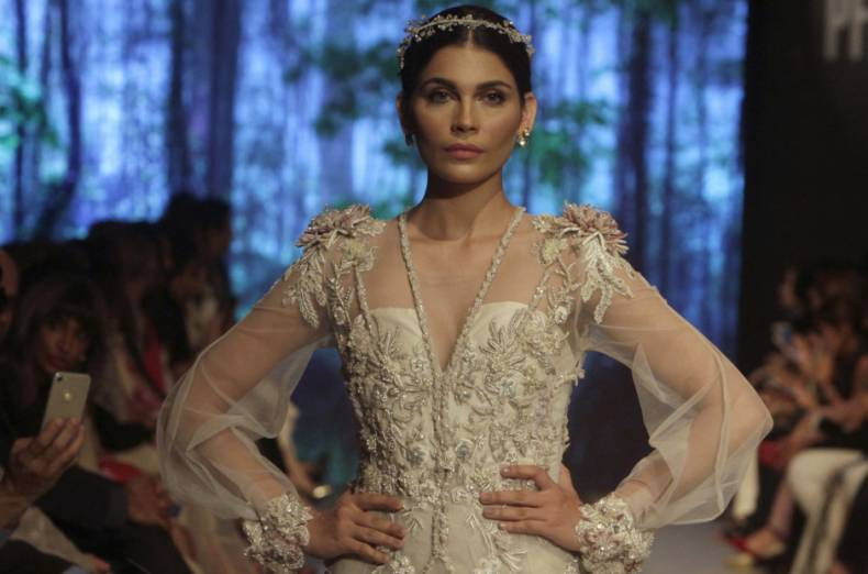 copy-of-pakistan-bridal-fashion-week-07362-jpg-71fb8