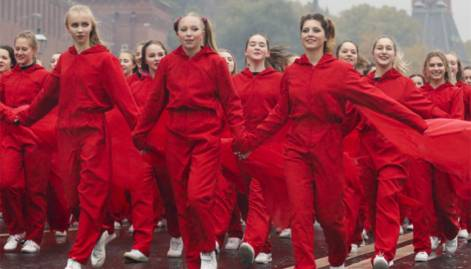 Russia hosts Soviet-style youth festival