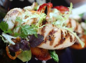 Recipe: Grilled chicken and nectarine salad