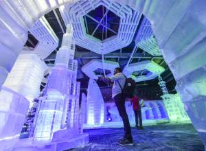 Pictures: Dubai Garden Glow on ice