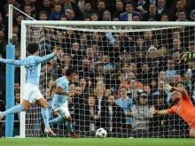 City beat Napoli despite two penalties