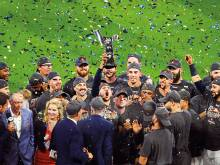 Astros make it to World Series with 4-0 win