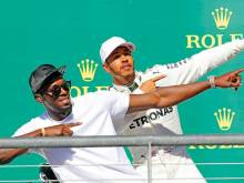 Hamilton stunned by Vettel lack of fight