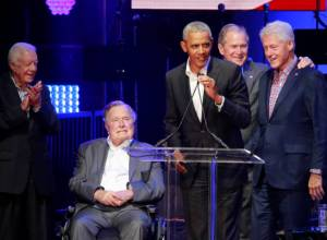 Former US presidents unite for hurricane relief