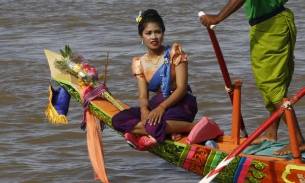 Copy of Cambodia_Water_Festival_90365.jpg-d72c7