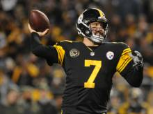 Steelers make statement in rout of Titans