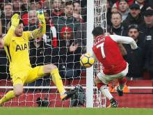 Arsenal win but leave Spurs fuming