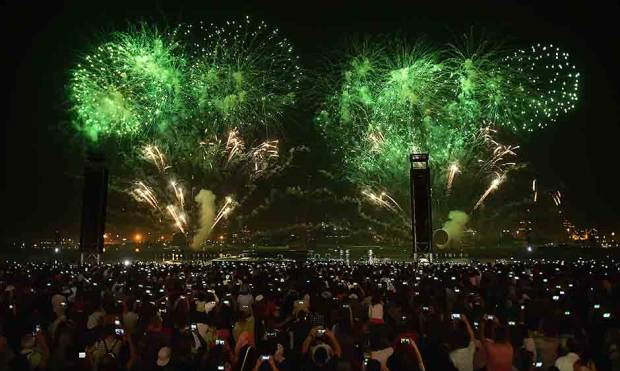 Thousands of people gather at the Dubai Festival City Mall