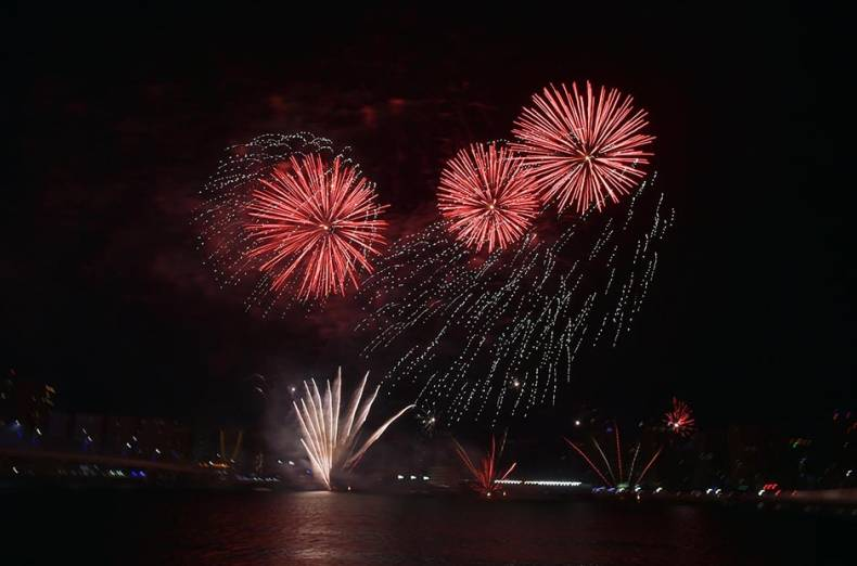 fireworks-during-the-46th-uae-national-day-celebration-at-al-mariaya-island-abu-dhabi-on-december-2