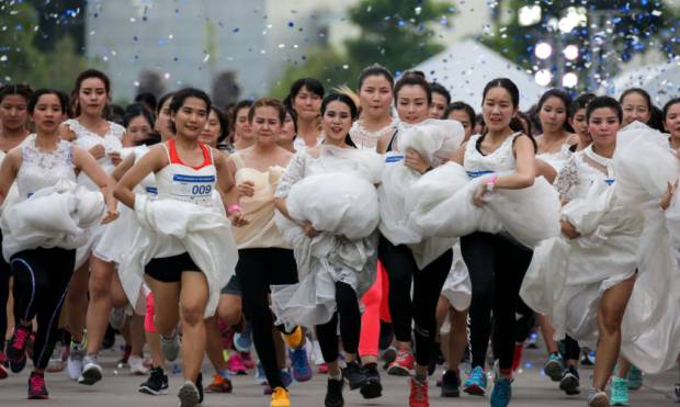 In pictures: Running of the Brides in Bangkok