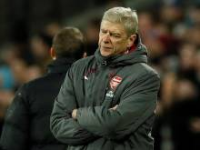 Arsenal lose ground with West Ham draw