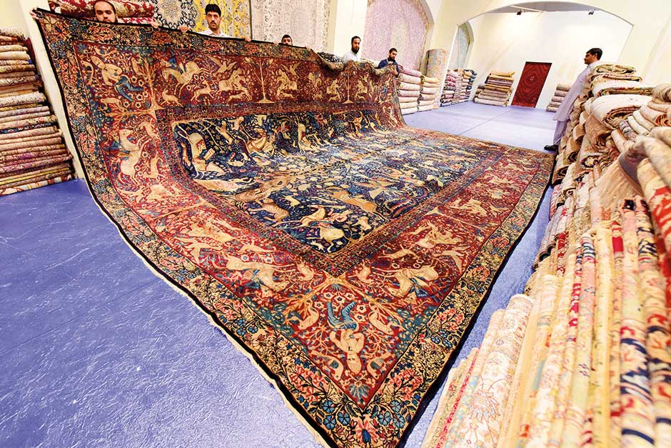 NAT 171226 Carpet & Art Oasis_1