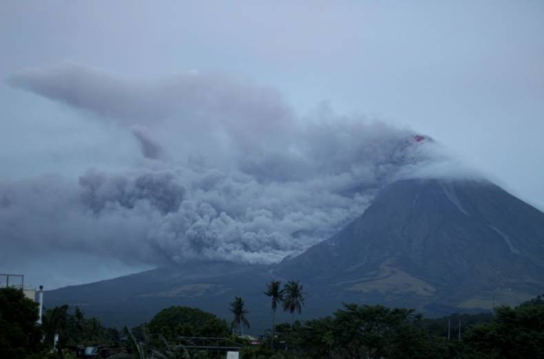 copy-of-philippines-volcano-68801-jpg-82a5d-1