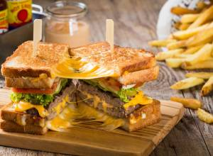 The cheesiest foods in Dubai