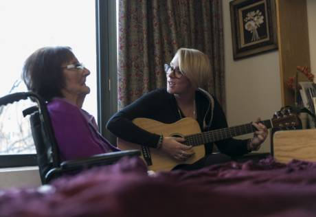 Music therapy offers end-of-life grace note