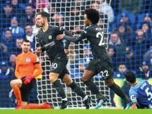 Hazard stars as Chelsea return to winning ways