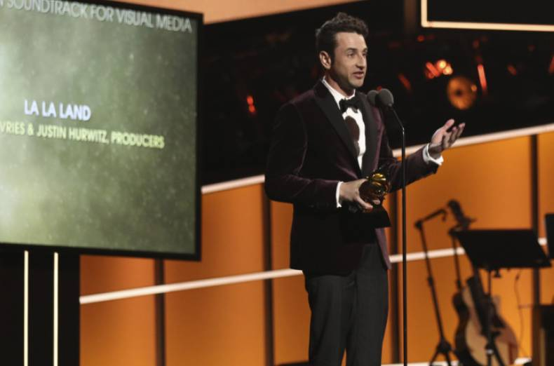 copy-of-60th-annual-grammy-awards-show-04258-jpg-2167c-1
