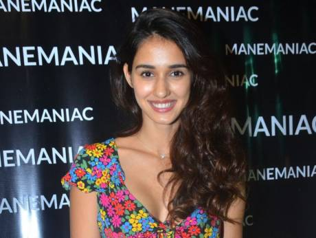 Disha Patani finds it hard to keep up with Tiger Shroff